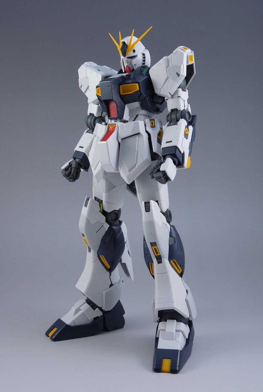 ガンプラ【MG νガンダム Ver.Ka】レビューその⑥ 腰部・脚部外装パーツ取り付け